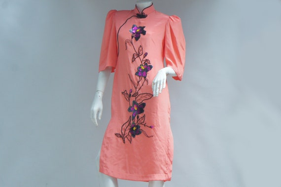 Vintage Embroidered Bead & Sequin Asian Qipao Dres