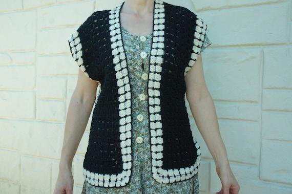 Vintage 70s Crochet Knit Sweater Vest/ Retro/ Boh… - image 1