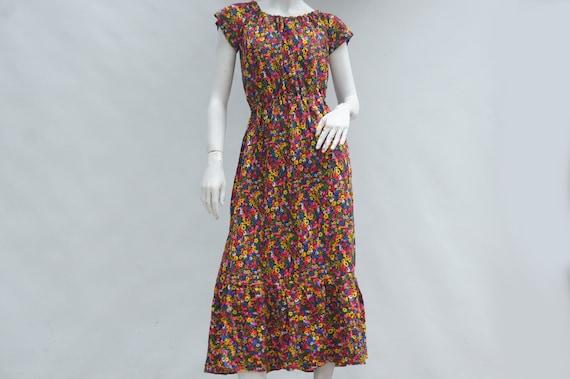 Vintage 60s Bright Floral Barkcloth Print Maxi Dre