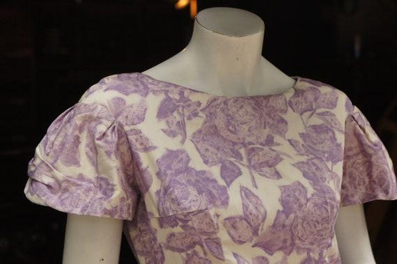Vintage 50s Purple Floral Rose Print Dress /Retro… - image 3