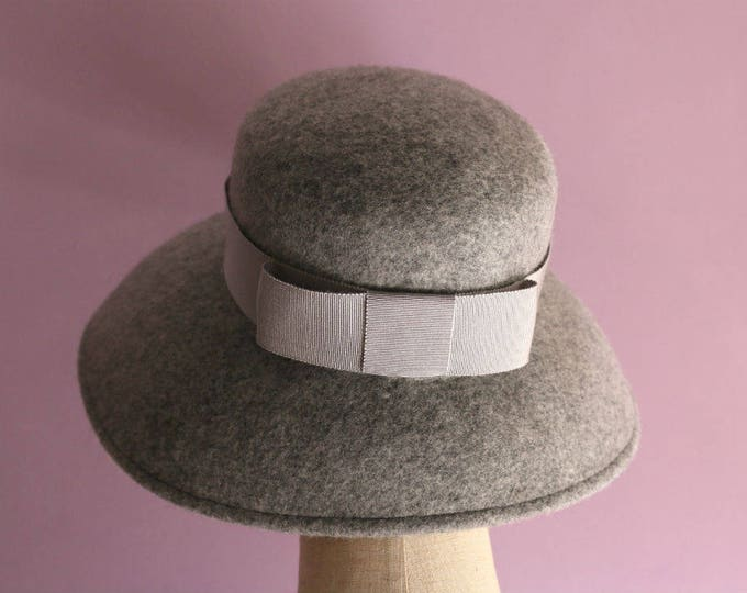 """Featured listing image: Light Gray Wool Casablanca Hat """"Cecil"""""""