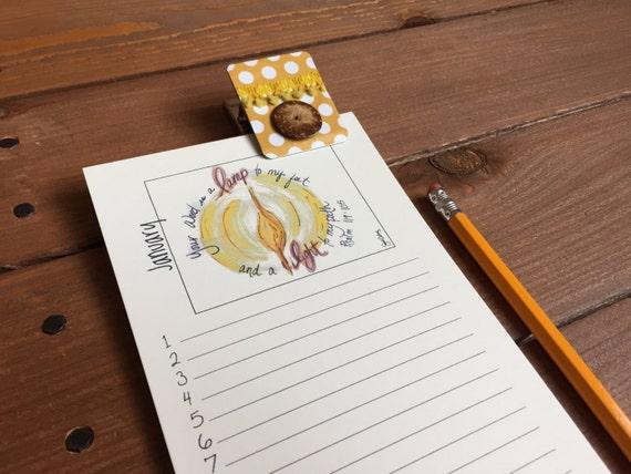 Kühlschrank Jahreskalender : Schrift geburtstagskalender christian geschenke für mama etsy