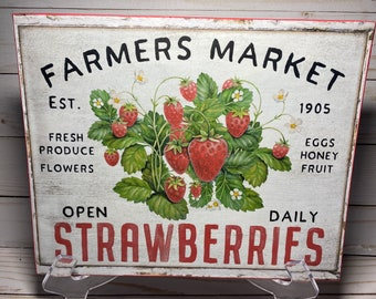Vintage Strawberry Sign,Farmhouse Strawberries Wall Decor,Summer Sign, Strawberry Patch