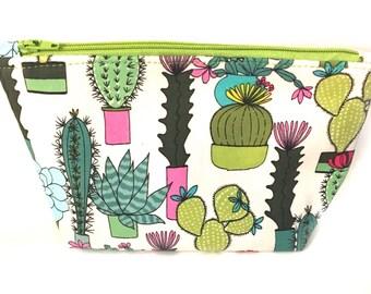 Cactus gifts, Cactus Makeup Bag,Cactus Zipper Pouch,Cute Makeup Bags, Zipper Pouch,Cactus print Bag