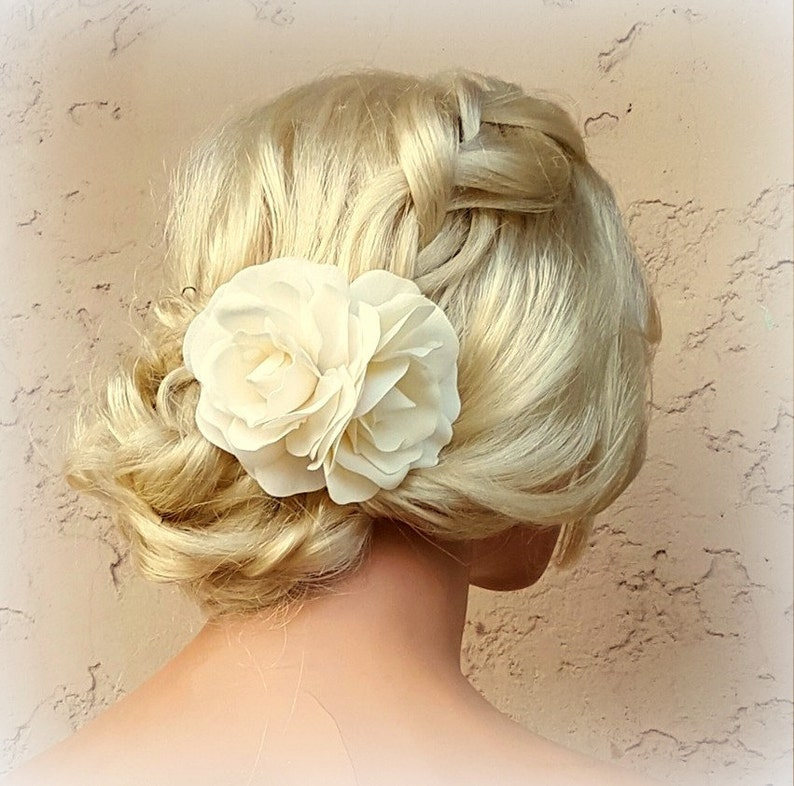 Wedding Headpiece  Fascinator Gardenia Flower Hair Comb image 0