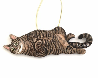 Custom Cat Christmas Ornament - Personalized Pet Portrait Decoration - Wooden Handmade Hand Painted Custom Gift