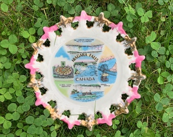 Vintage Niagara Falls Canada Souvenir Plate - 6 inch plate wall hanging - pink and rose gold edge - Japan ceramic plate collectible