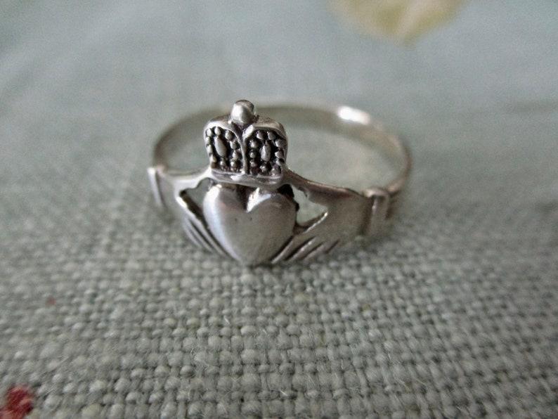 size 13 sterling Claddagh Ring vintage Irish