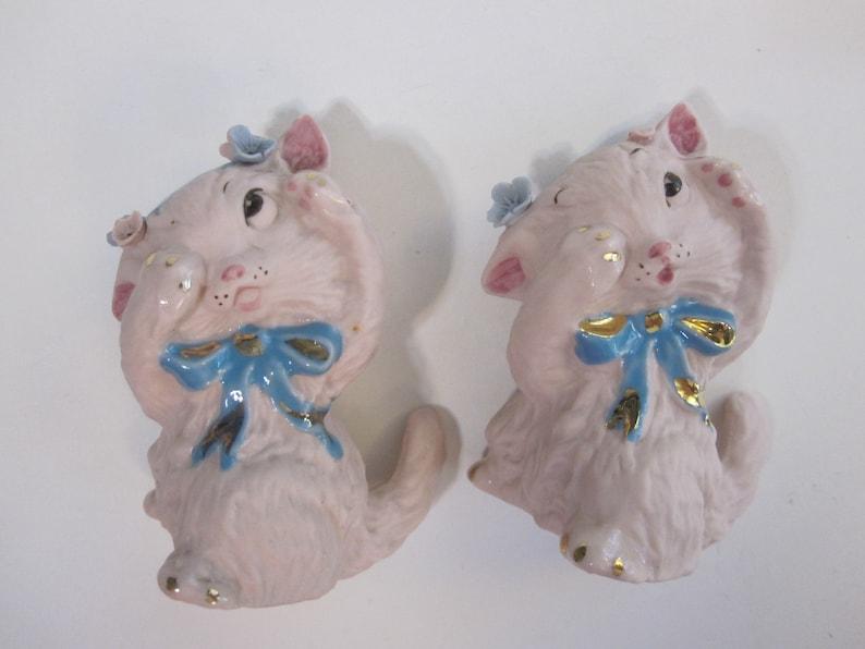 pink porcelain shy cat kitten figurines 2 vintage PEEKING CAT figurines hiding cat scaredy cat
