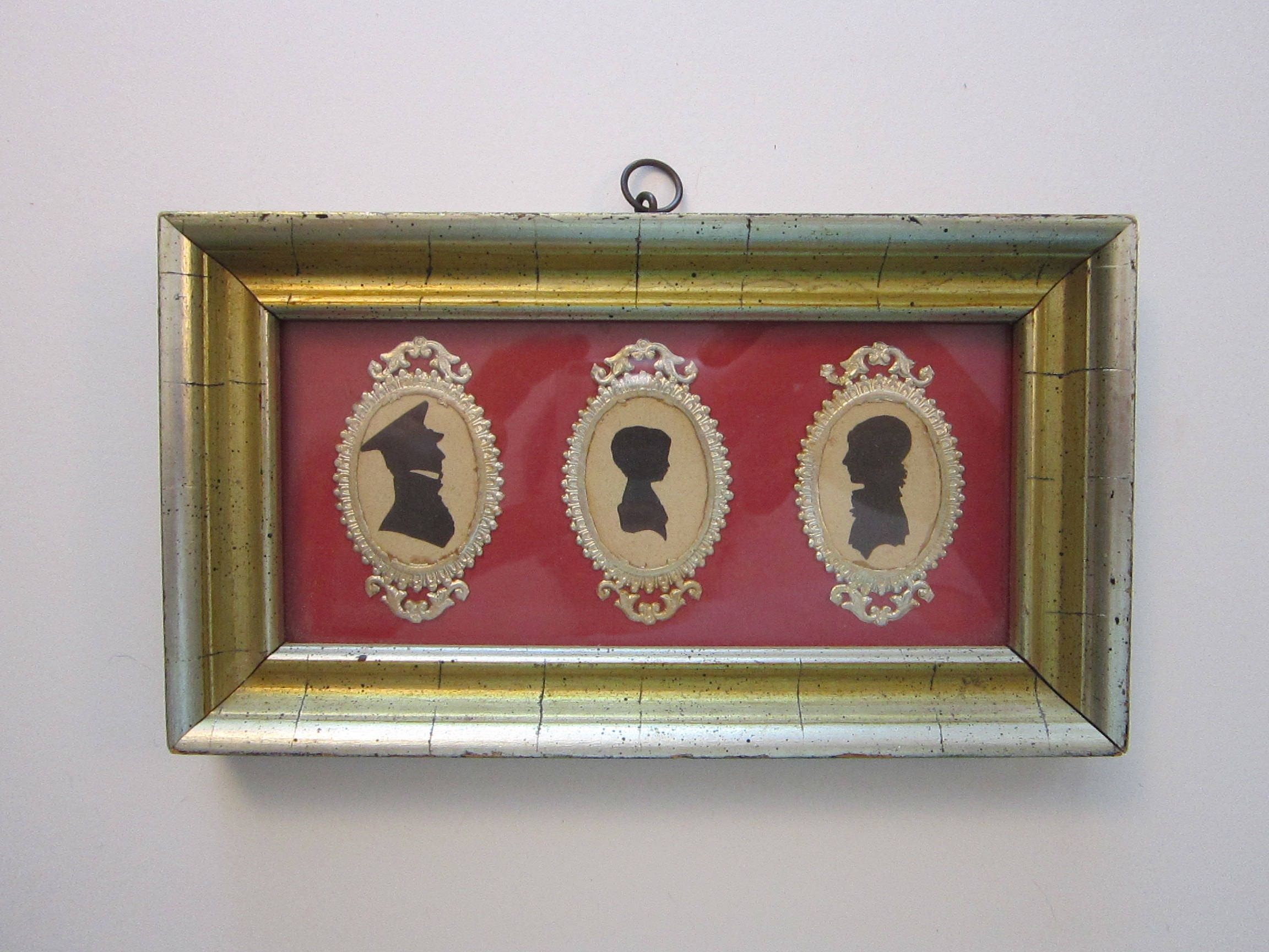 927b109bc8a antique framed SILHOUETTE family art gold dresden frame