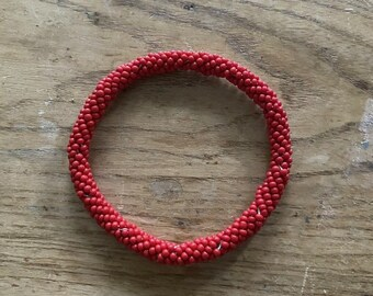 Vintage Beaded Bracelet Red Seed Beads Woven Costume Jewelry Arty VGUC