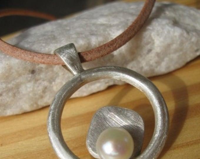 Encircled Pearl Pendant