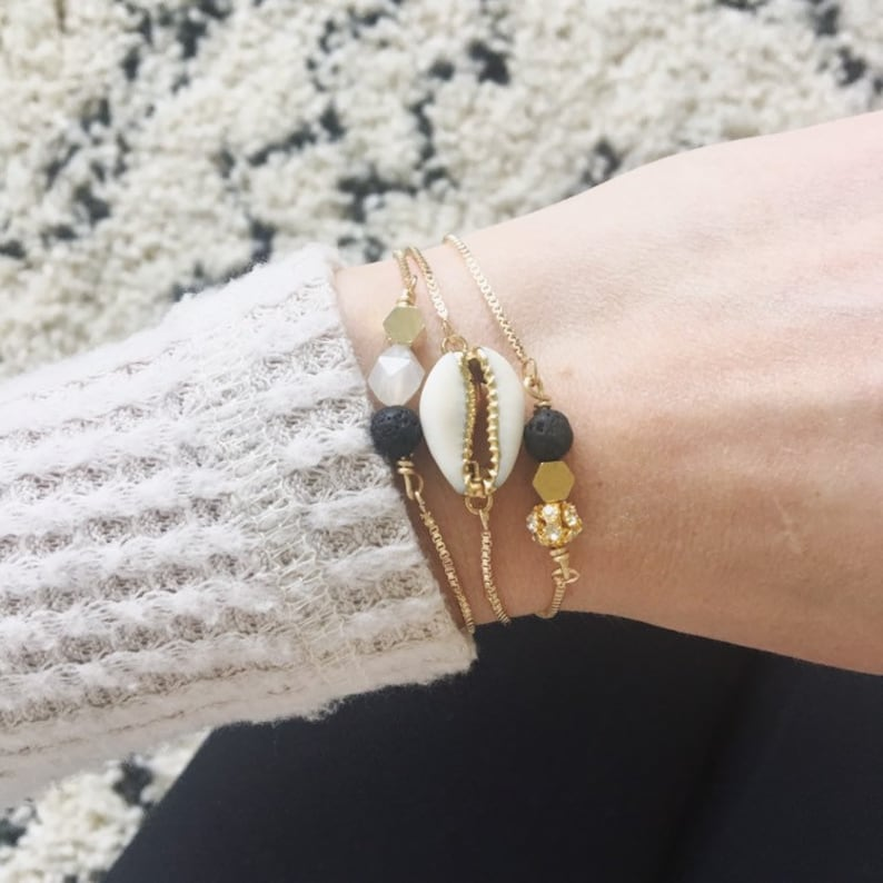 Cowrie shell bracelet gold cowrie shell adjustable gold image 0
