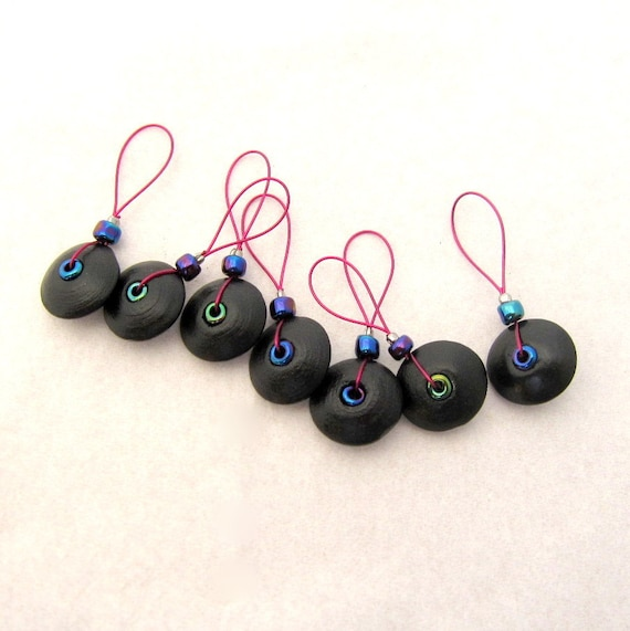Pack of 5 Knitting Stitch Markers Wooden Bead