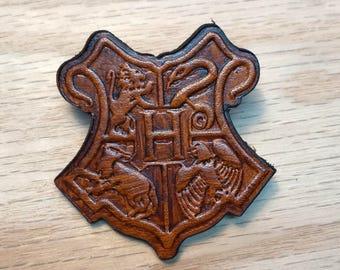 Hogwarts school pin