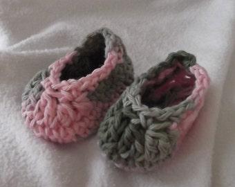 a35be5e2c34b4 Crochet camo slipper   Etsy