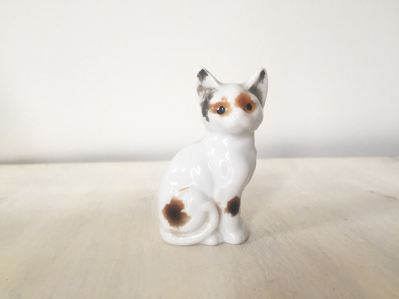 Shorthaired Brown Small Cat Figurine