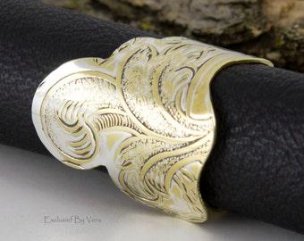 Brass thumb ring, handmade ring, statement ring, elegant rings, brassy dinner rings, artisan ring, handmade ring, trendy ring, artsy ring