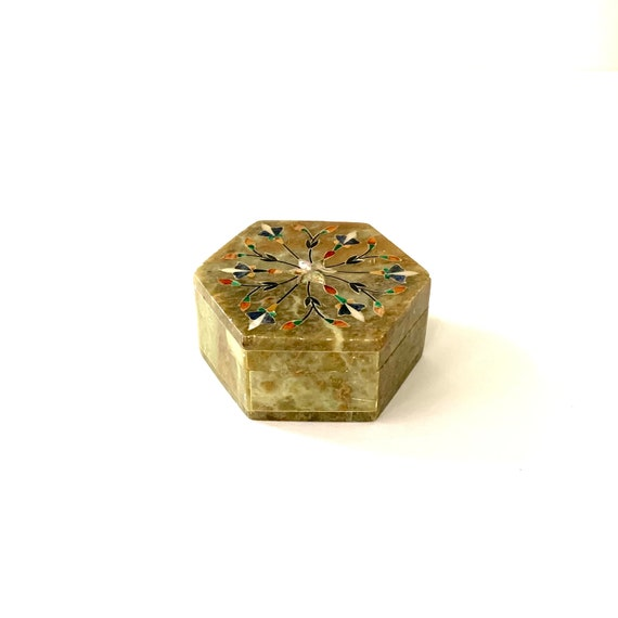 Vintage~Hand Carved~Stone~Trinket~Ring~Box~Jewelry Box~Inlaid~MOP~BRASS~Womans~Gift