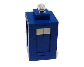 LEGO Micro TARDIS