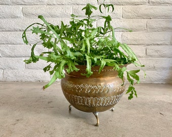 FOUND : vintage STAMPED BRASS copper metal footed planter