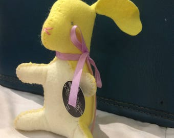 ON SALE Buttercup the Bunny - Limited Edition - Handsewn Wool-blend Felt Plushie - Collectible - Spring 2017