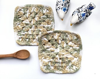 Limited edition: hand knitted coaster - square - nature color