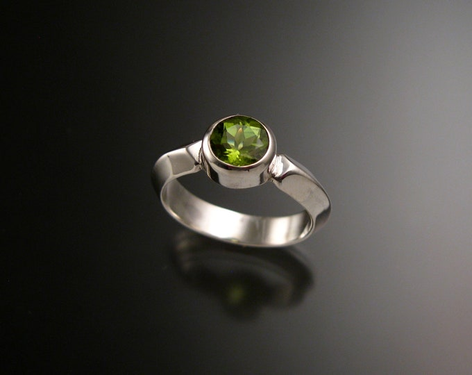 Peridot ring 14k White Gold Triangular band Made to order in your size