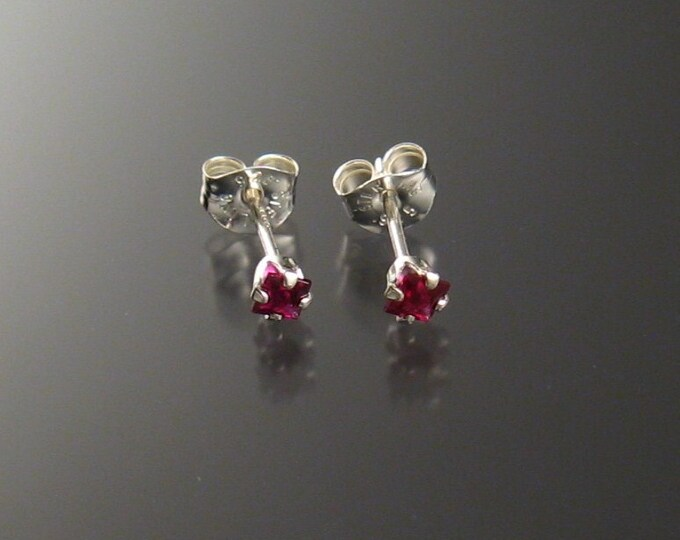 Pyrope Garnet posts, Sterling, 2 1/2 mm squares