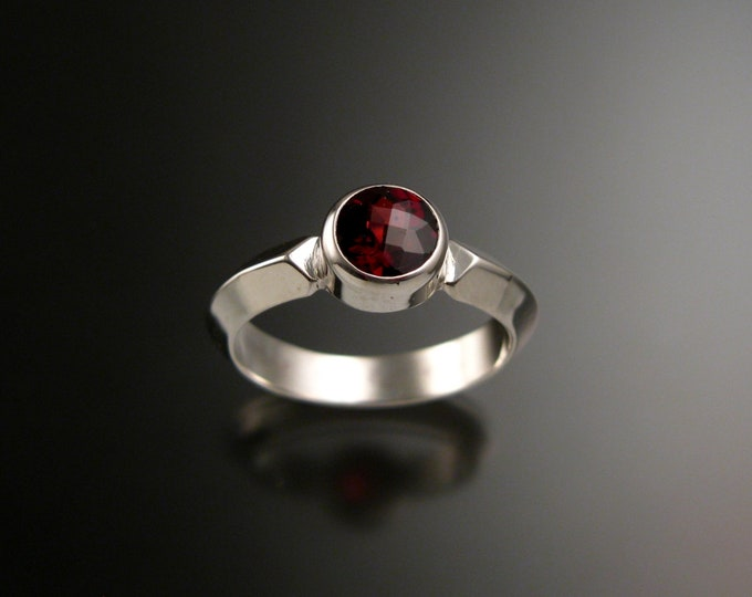 Garnet ring Sterling silver Triangular band Made to order in your size