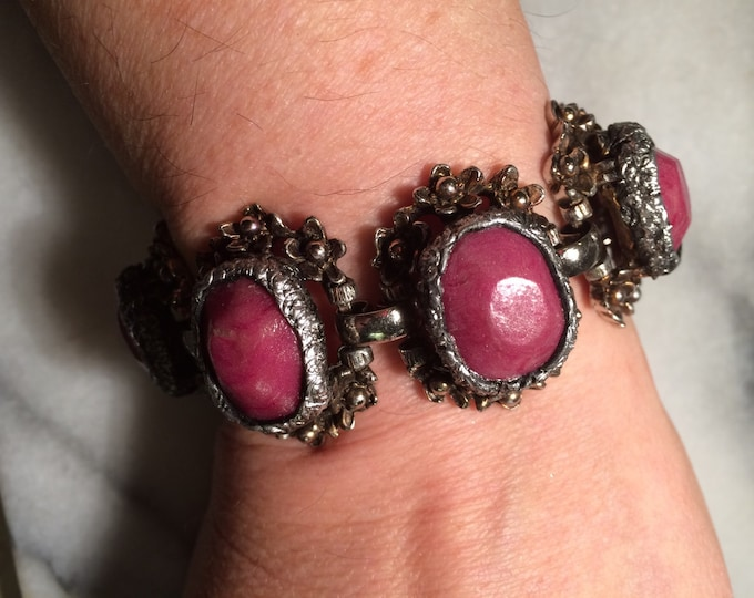 Selro-style upcycled vintage bracelet with luminous hand-faceted raspberry cabochons