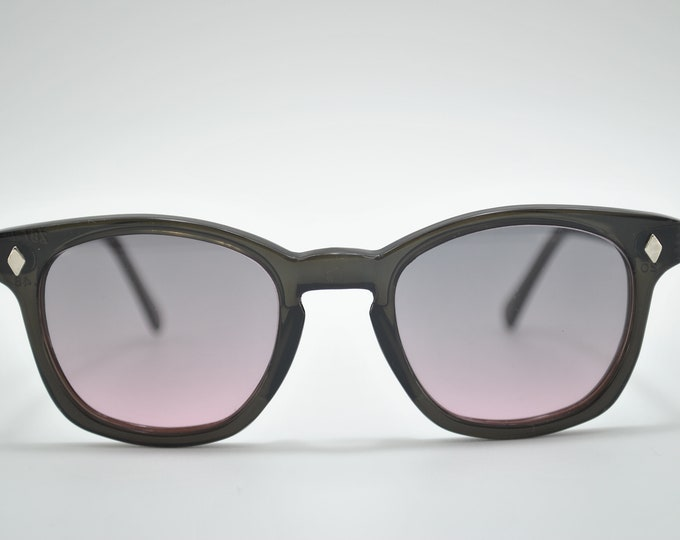Custom Sunglasses, black frame, rose graded lens, American made