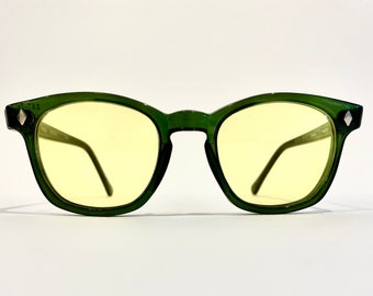 Quality Mending Custom vintage safety glasses, green frame and yellow lens