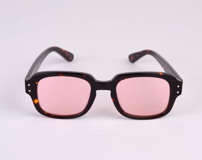 "New York Eye_rish ""The Downings"" Frame Black/Brown tortoise shell Shell Frame with Pink  Lenses"
