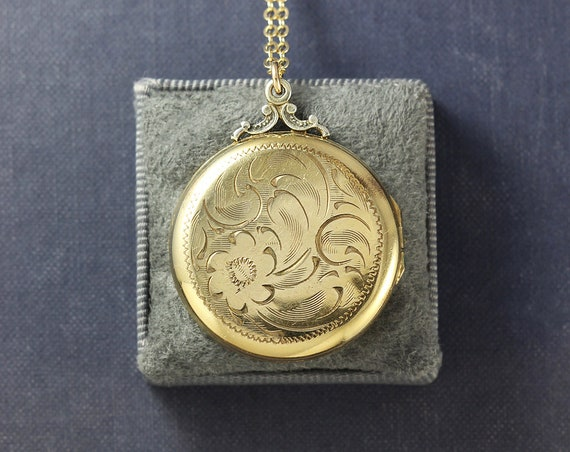 Large Round Vintage Gold Filled Locket Necklace, Picture Locket - Family Heirloom