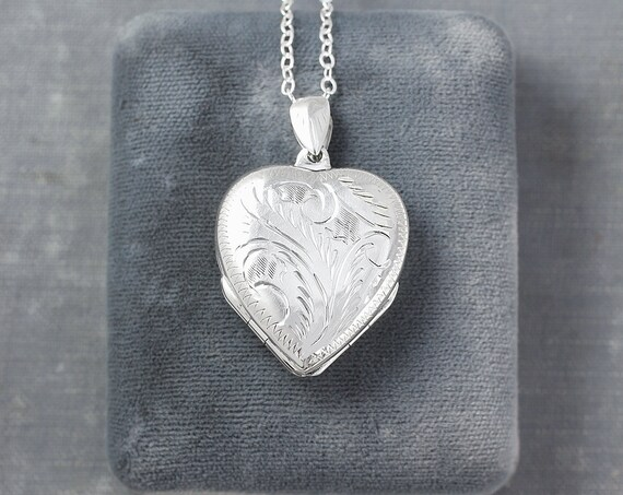 Large Four Photo Heart Sterling Silver Locket Necklace, 4 Picture Family Pendant - Folded Clover