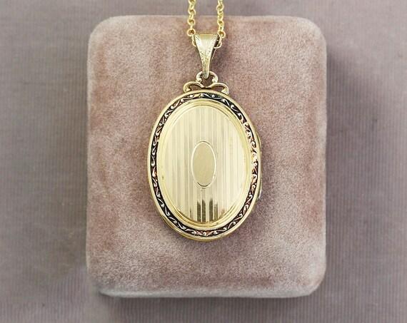 RESERVED Layaway Gold Filled Oval Locket Necklace, Art Deco Vintage Pinstripe Photo Pendant - Vintage Vogue