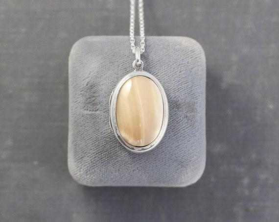 Neutral Stone Cabochon Sterling Silver Locket Necklace, Vintage Oval Photo Pendant - Café Au Lait