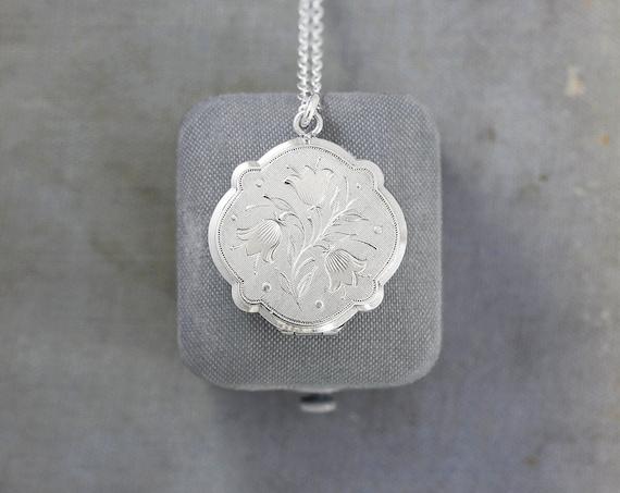 Unique Vintage Sterling Silver Locket Necklace, Circular Quatrefoil Round Photo Pendant - Tulips