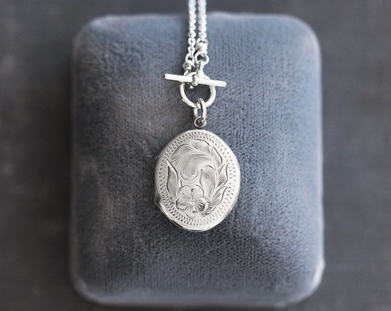 Sterling Silver Locket Necklace, Small Oval Vintage Photo Pendant on Front Toggle - Sweet Flower