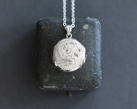 Vintage Sterling Silver Locket Necklace, Small Round Picture Locket with Frame Inserts - English Rose