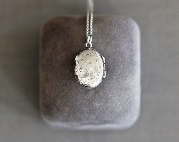 Tiny Sterling Silver Oval Locket Necklace, Vintage Small Photo Pendant - Quintessential