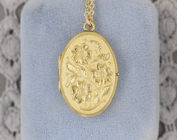 Gold Filled Oval Locket Necklace, Embossed Vintage Picture Locket with Original Rims Photo Frames - Twirling Poppies