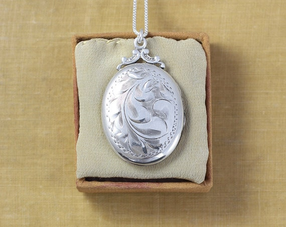 1940's Sterling Silver Locket Necklace, Vintage Swirling Vine Engraved Birks Oval Picture Pendant - Nostalgia