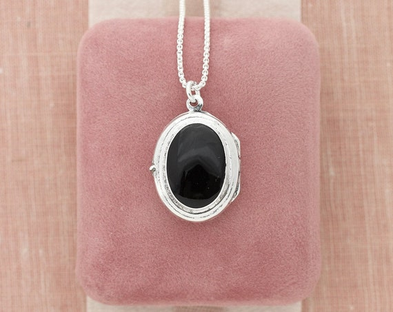 Black Onyx Sterling Silver Locket Necklace, Cabochon Vintage Photo Pendant - A Kiss at Midnight