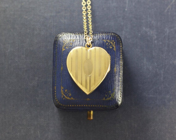 Gold Heart Locket Necklace, 12K Gold Filled Vintage Photo Pendant - My Beloved