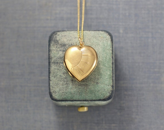 9ct Gold Locket Necklace, Heart Shaped Photo Pendant 9 Karat Back and Front - Sunshine of my Life