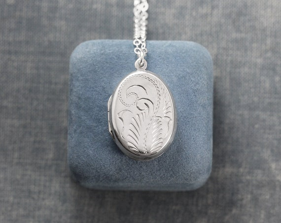 Sterling Silver Locket Necklace, Small Oval Vintage Photo Pendant - Simple Swirl
