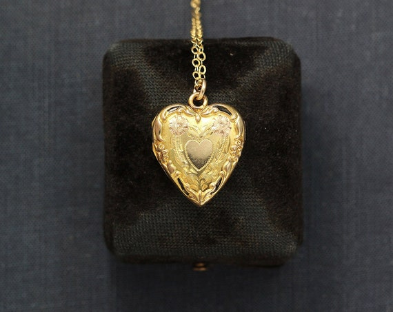 Gold Locket Necklace, Small Heart Photo Locket Pendant - Vintage Treasure