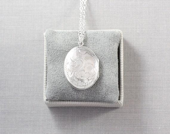 Vintage Silver Locket Necklace, Small Oval Sterling Photo Pendant - Sentimental